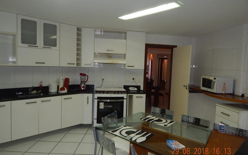 Apartamento de frente para o mar – Cabo Frio