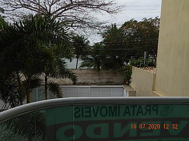 Casa triplex no Portinho com vista para o canal do Itajuru